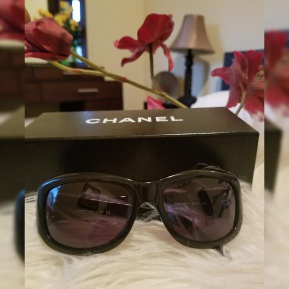 239719e26c CHANEL Accessories - Authentic CHANEL Sunglasses